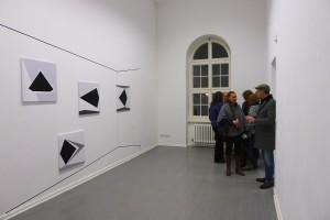 img_6_installation view schwarz weissich